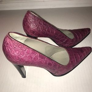 Prada purple crocodile heels, sz 38 1/2